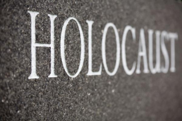 Holocausto? Qual Holocausto? – Gabriel Toueg