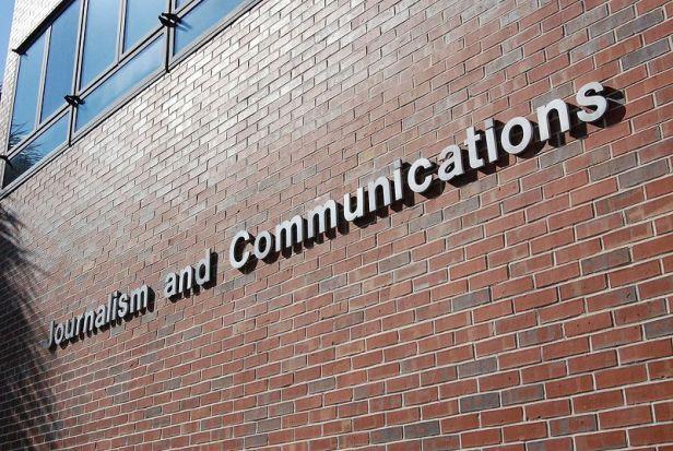 Faculdade de jornalismo