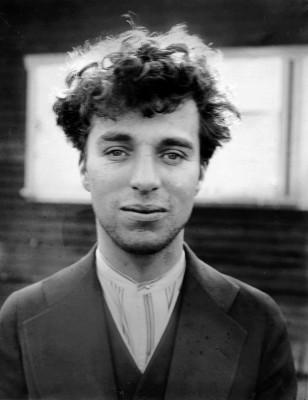 Charlie Chaplin com 27 anos, em 1916