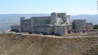 O castelo cruzado Krak des Chevaliers, do século 11, antes da destruição (Síria)