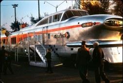 O aerotrem, com design aerodinâmico, fabricado pela General Motors Electro-Motive, em 1950