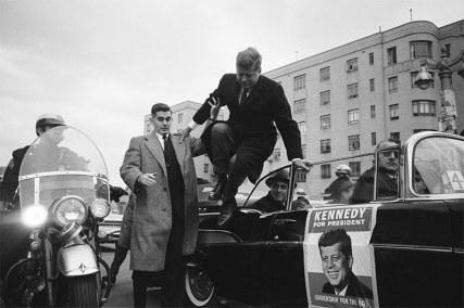 O senador John F. Kennedy no Bronx, durante a campanha presidencial, em 1960