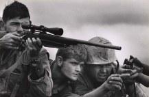Time de franco-atiradores da Marinha dos EUA no Vietnã, em 1968