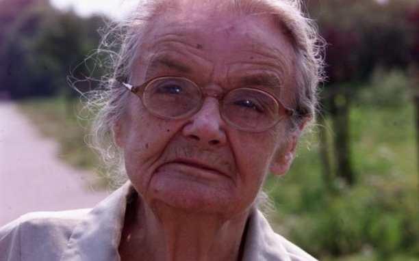 Clare Hollingworth aos 104 anos (foto: Stephen Lock/Telegraph)